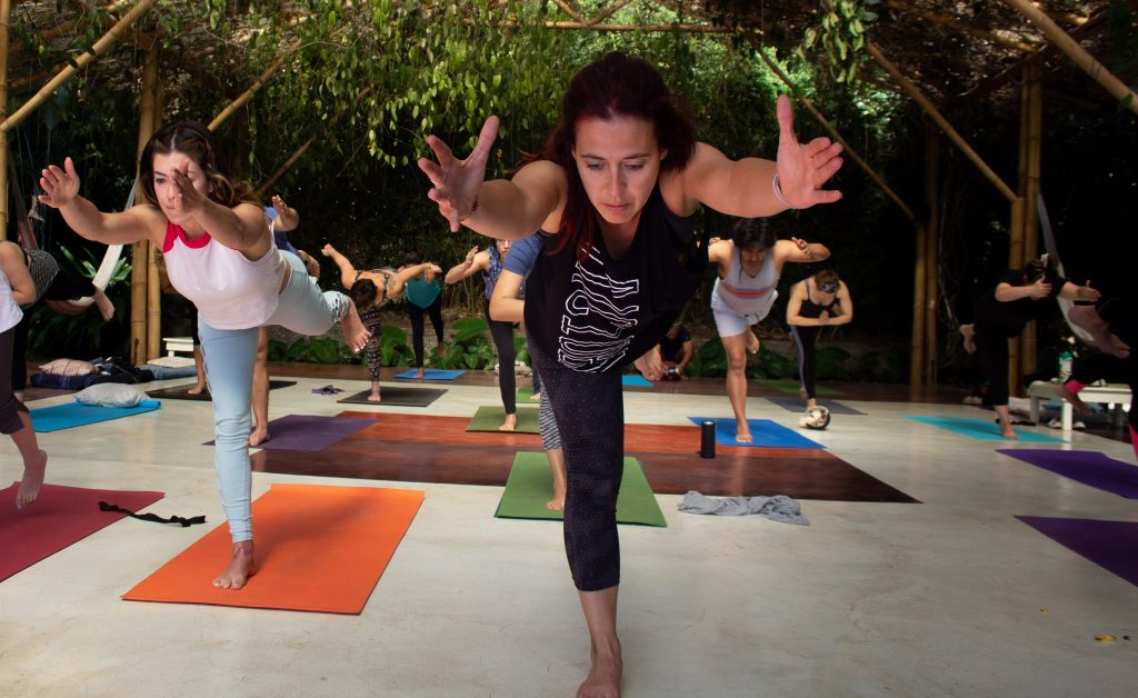 Yoga cerca de mi. Respira yoga